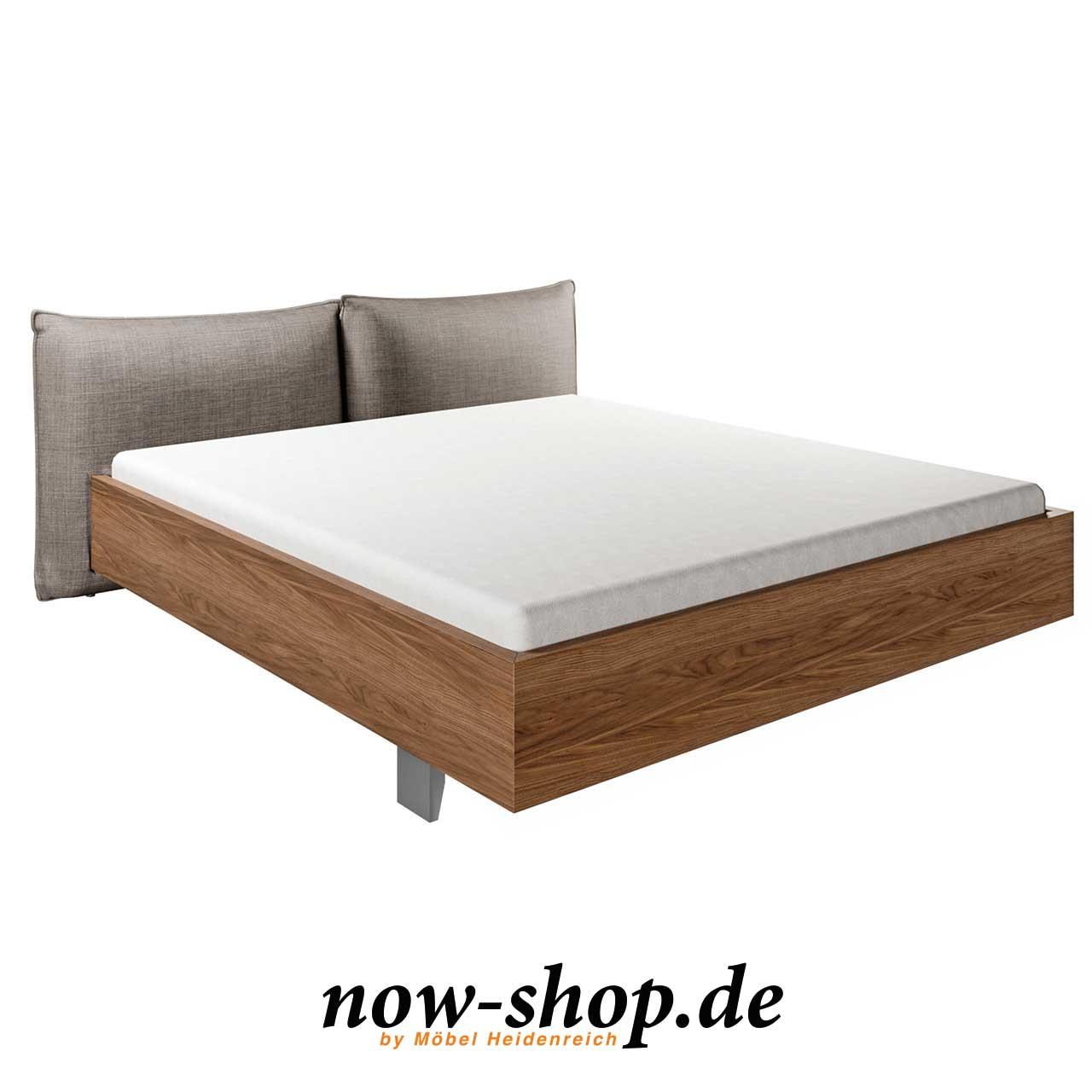now! by hülsta - No. 13 Bett mit Polsterkopfteil